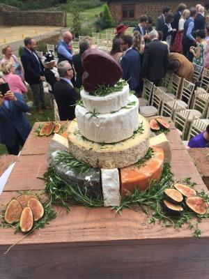 Phil & Katie McManus wedding cheese cake